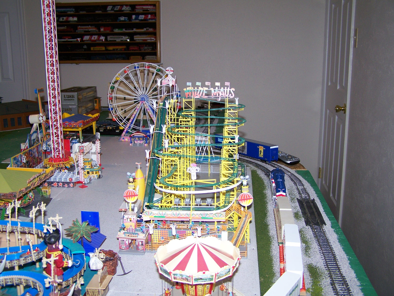 HO Scale Operating Carnival Rides http://www.tycoforums.com/tyco/forum/topic.asp?TOPIC_ID=6859