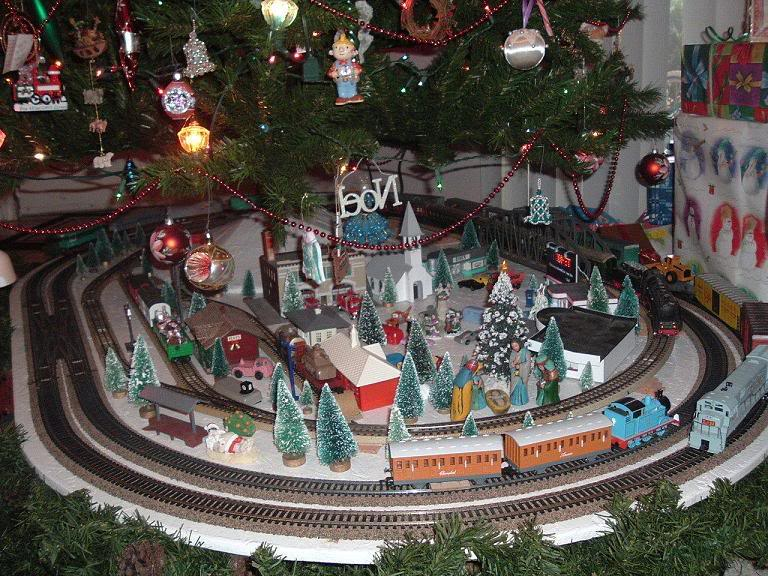 Ho Christmas Train.Tyco Trains