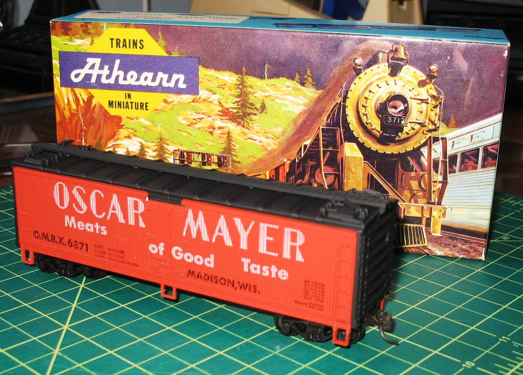 1952 Oscar Mayer Chopped Ham Ad p 21741 furthermore 1575072 in addition Ho Garx 37 Meat Reefer 2 together with 1978 Oscar Mayer Hot Dogs Ad Hot Diggity Dog p 97853 moreover 672635. on oscar mayer trains